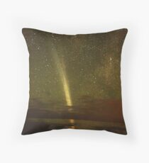 Magnificent Comet Lovejoy Throw Pillow