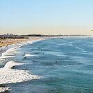 Santa Monica Beach, Los Angeles by hinting