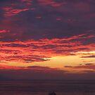 Sunset with Boat - Puesta del Sol con Barco by PtoVallartaMex
