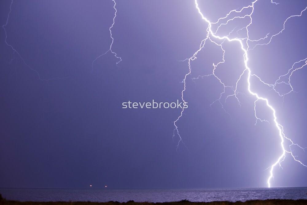 2am Lightning by stevebrooks