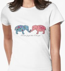 An elephant never forgets. T-Shirt