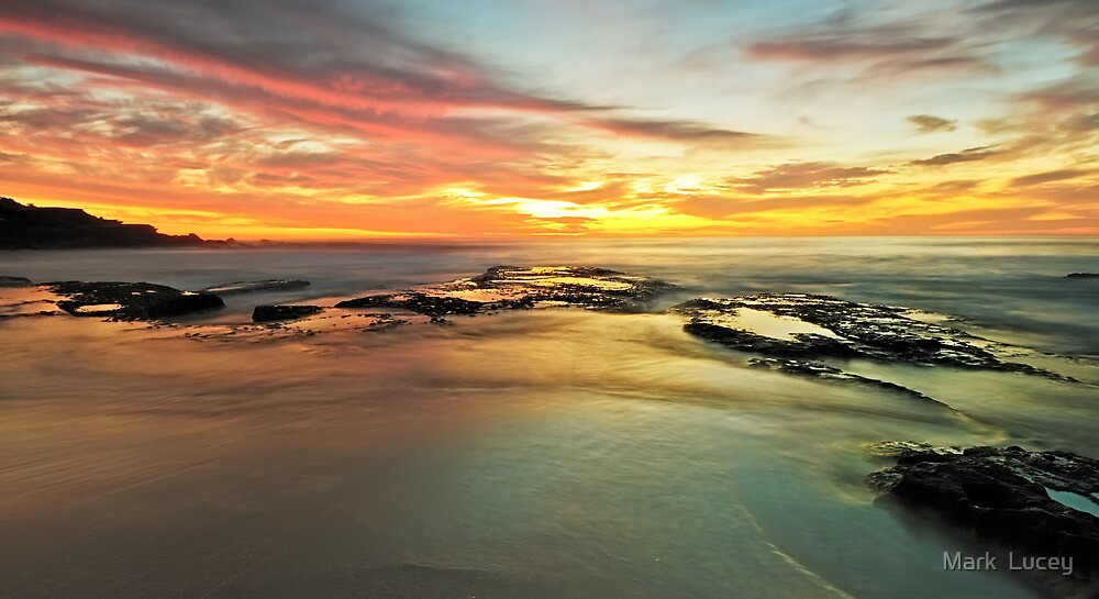 Colour on the Rock by Mark  Lucey