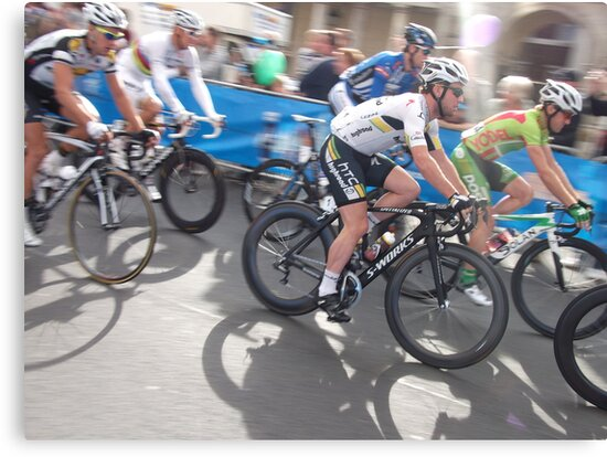 Mark Cavendish at Tour of Britain, London 2011 by eggnog