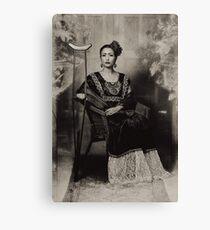 Homage to Frida Kahlo no.5 monochrom Leinwanddruck