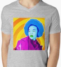 Vee's Pop Art: Lisa Mens V-Neck T-Shirt
