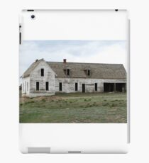 Old empty house iPad Case/Skin