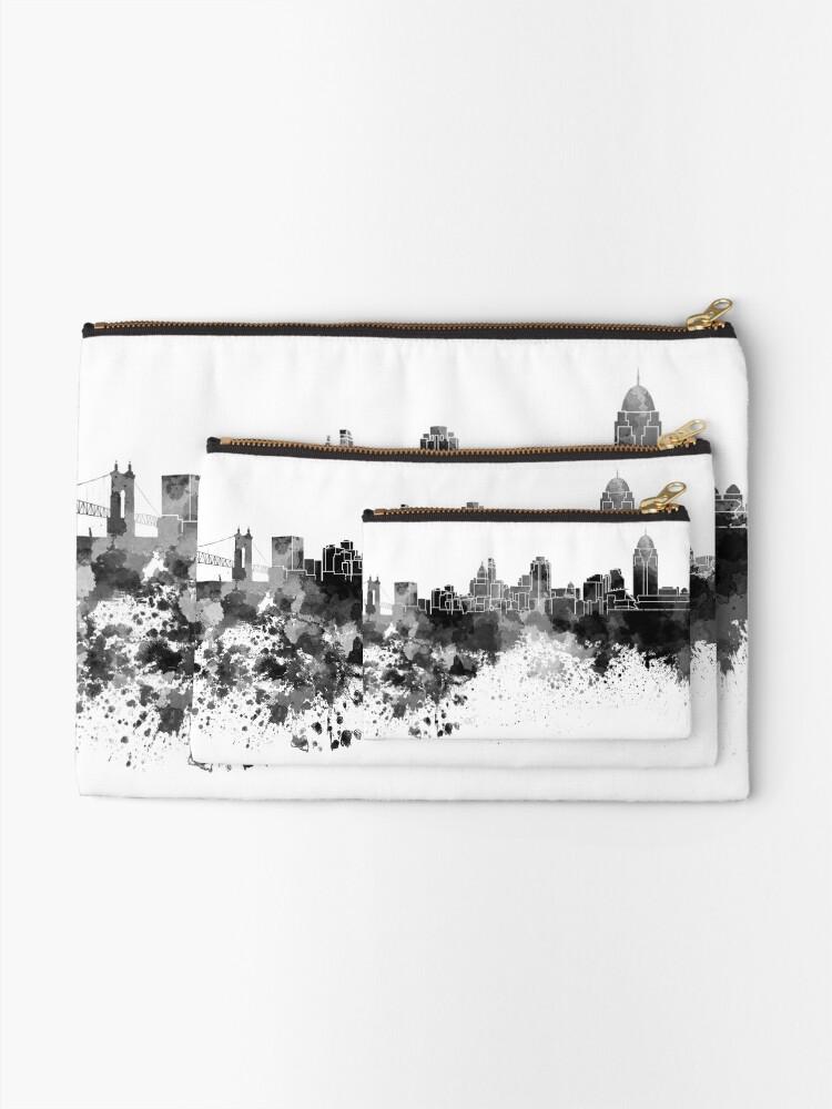 Alternative Ansicht von Cincinnati-Skyline im schwarzen Aquarell Täschchen