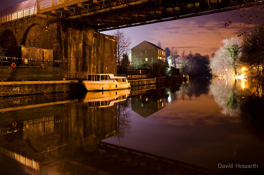 Under The Bridge! by David  Howarth