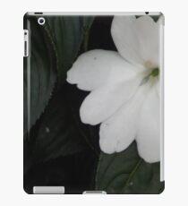 FLOWER WHITE iPad Case/Skin