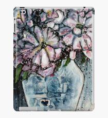 China Vase - Kerry Beazley iPad Case/Skin