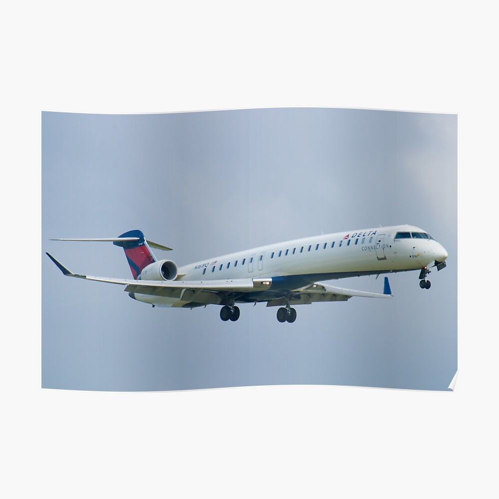N161PQ Delta Connection CRJ-900ER Approach Poster