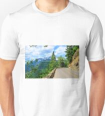 Going to the Sun Road, Glacier National Park Unisex T-Shirt