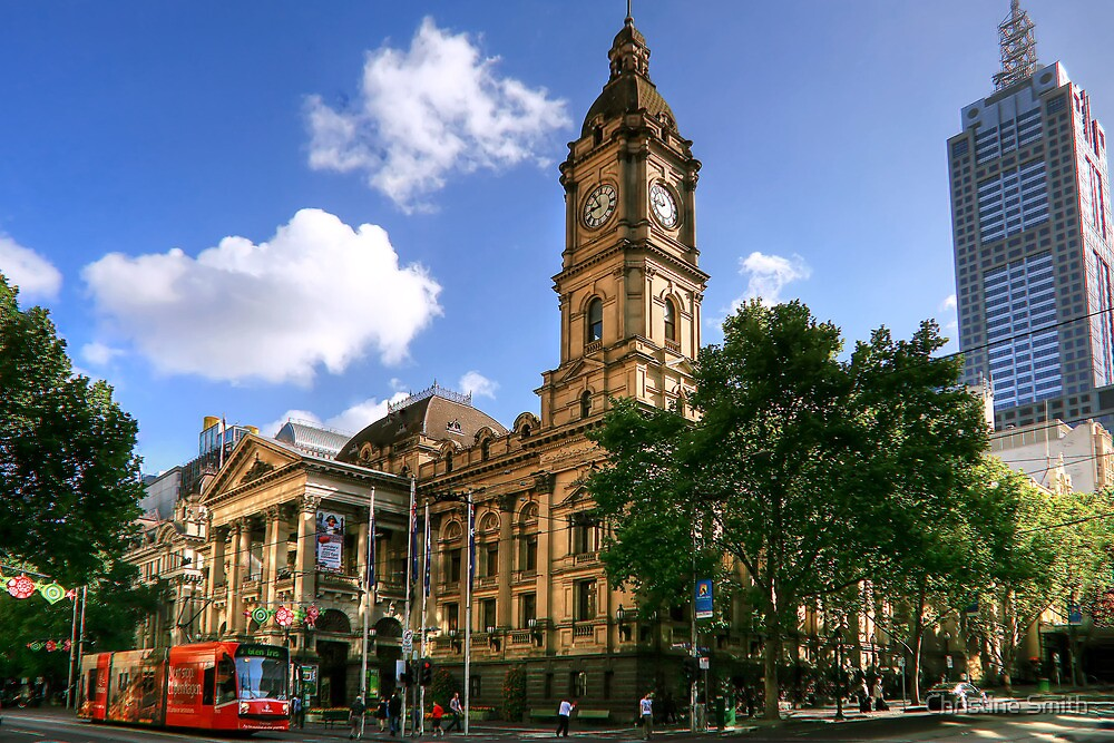 Melbourne Town Hall by Christine Smith