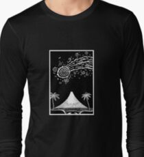 Comet over Taranaki Long Sleeve T-Shirt