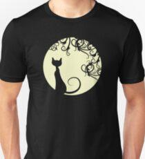 Black cat in the moon Unisex T-Shirt