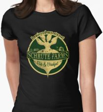 I enjoyed my stay at Schrute Farms (Green) Women's Fitted T-Shirt
