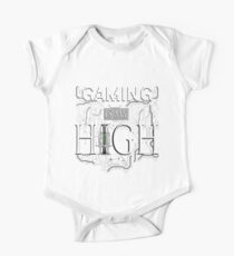 Gaming is my HIGH - White text/Transparent One Piece - Short Sleeve