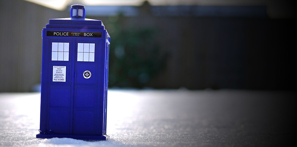 TARDIS in the snow. by KindaClemiish