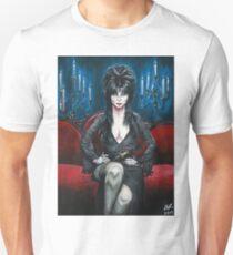 Elvira Portrait Unisex T-Shirt