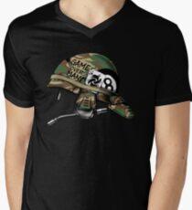 Game Over Man Aliens Born to Kill Men's V-Neck T-Shirt