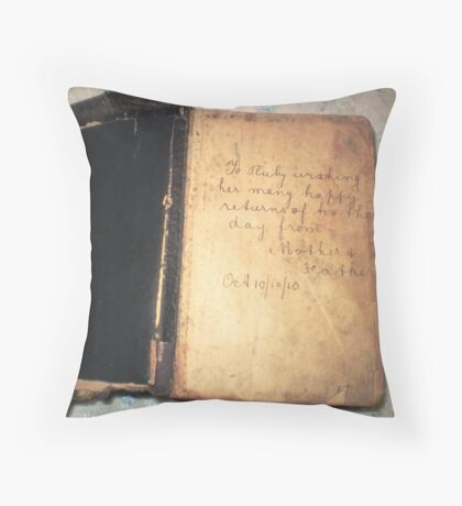 My Mother's Bible - B'day gift 10/10/1910 Throw Pillow