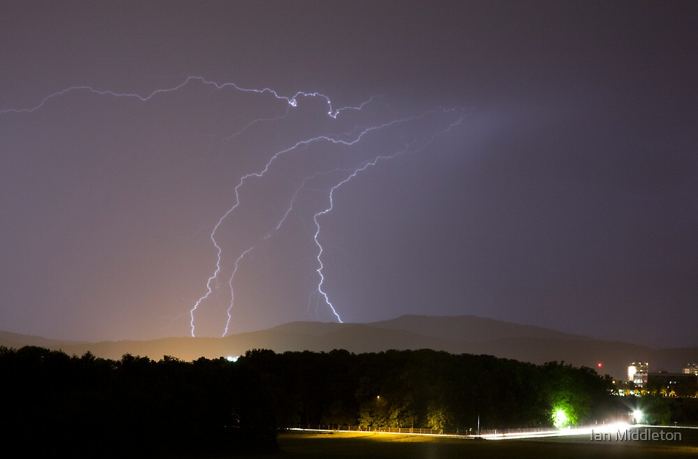 Lightning over residential area of Ljubljana by Ian Middleton