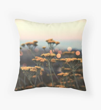 drops of gold Throw Pillow