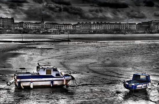 Two Boats by timpr