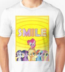 Smile! - Pinkie Pie (Bordered) T-Shirt