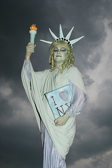 Statue of Liberty by janid