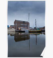 6am Gloucester Docks, Gloucester Poster