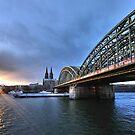 Köln at sunset by astrolabio