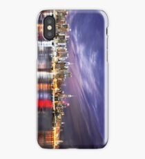 Manhattan Skyline: NYC iPhone Case