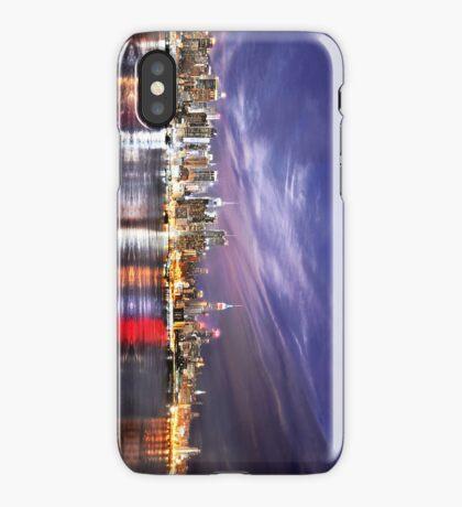 Manhattan Skyline: NYC iPhone Case