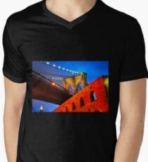 Brooklyn Bridge: NYC Men's V-Neck T-Shirt
