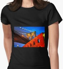 Brooklyn Bridge: NYC Women's Fitted T-Shirt