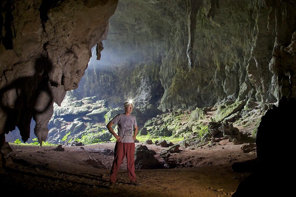 Susa Cave, shadows of the past by John Spies
