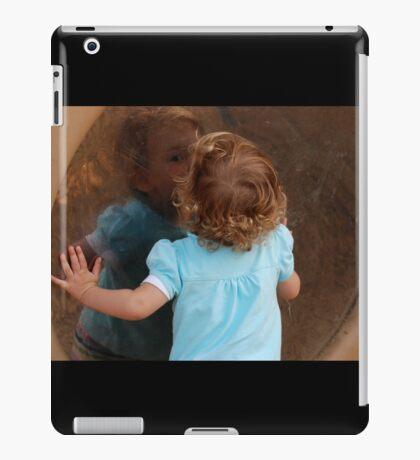 kissy kiss iPad Case/Skin