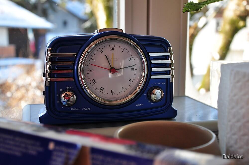 radio clock at home by Daidalos