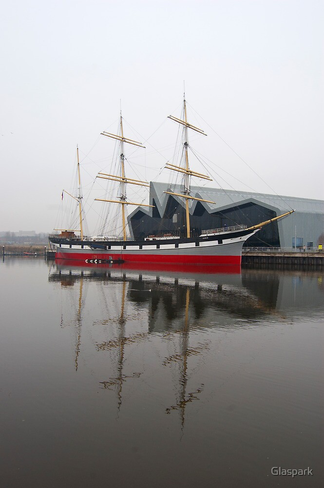 The Tall Ship 'Glenlee' in the mist by Glaspark