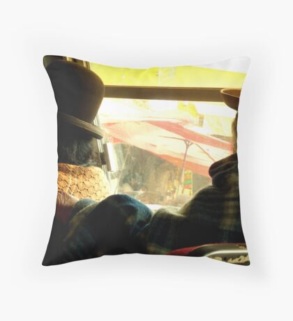Old Ladies - La Paz Throw Pillow
