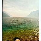 LA NEBBIA NASCONDE IL LAGO DI GARDA. Bella Italia. by Doktor Faustus. Views: 198 . Thanks friends ! by © Andrzej Goszcz,M.D. Ph.D