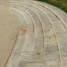 Kings Park War Memorial  by Eve Parry