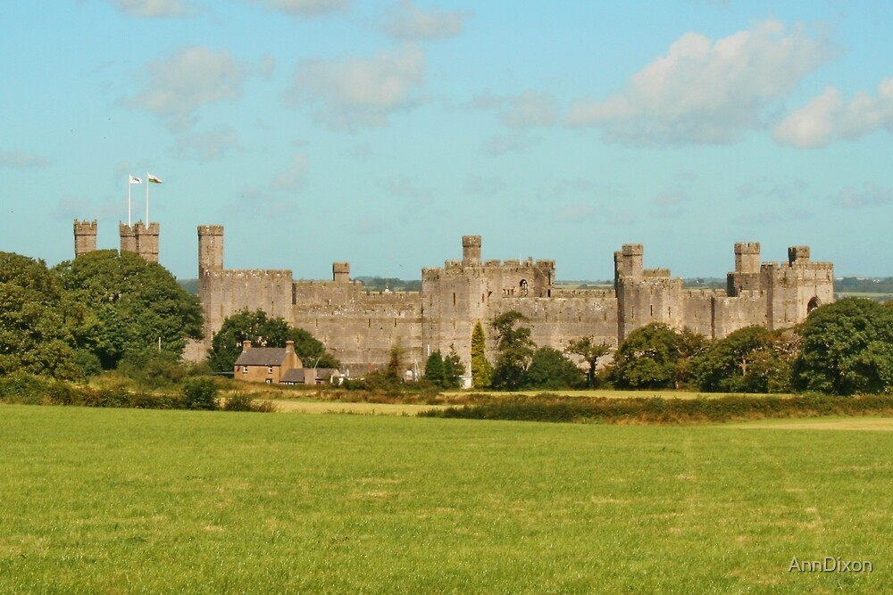 Caernarfon castle snowdonia