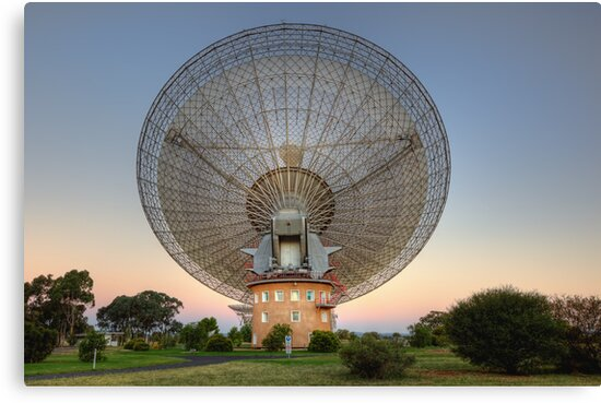 CSIRO Parkes Observatory • New South Wales • Australia by William Bullimore