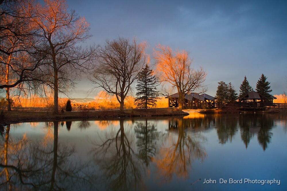 Cresting Sunlight by John  De Bord Photography