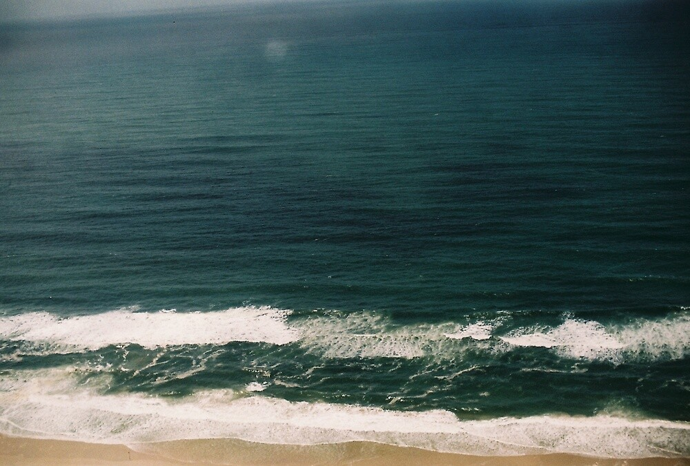 Gold Cost Beach  by dominiquefilm