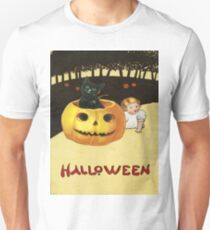 Shocking The Baby (Vintage Halloween Card) T-Shirt
