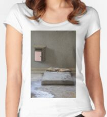 mattress in abandoned hospital Women's Fitted Scoop T-Shirt