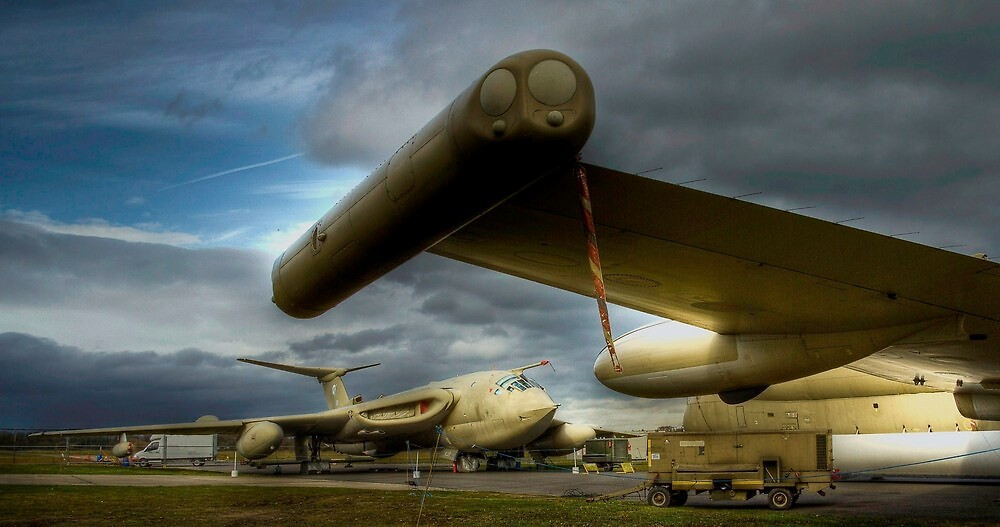 Cold War Giants by Steve Bryant